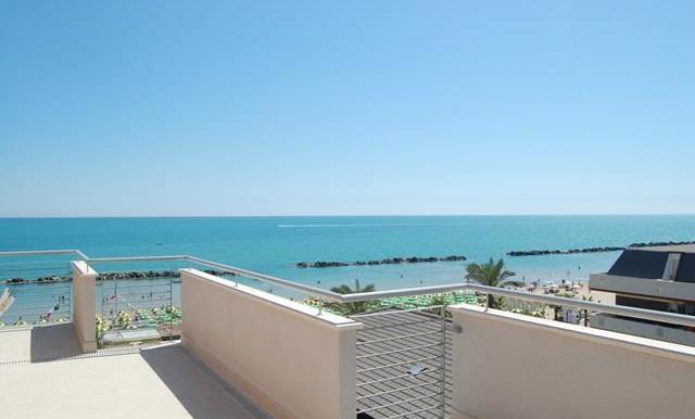 Realizza Casa - Duplex Fronte Mare Montesilvano 11