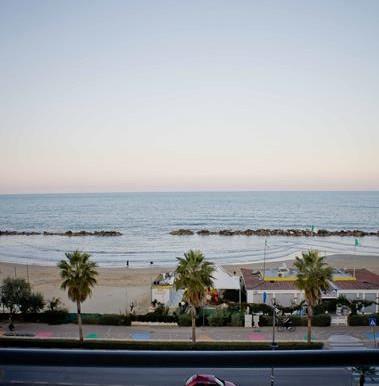 Realizza Casa - Duplex Fronte Mare Montesilvano 25