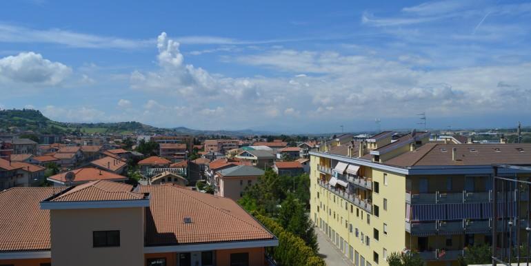 Realizza Casa - Montesilvano Trilocale Via Di Vittorio15
