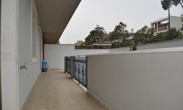 Appartamento 3 locali con giardino via pepe for Costo della costruzione di una casa con 3 camere da letto
