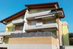Città Sant'Angelo Madonna della Pace duplex con garage