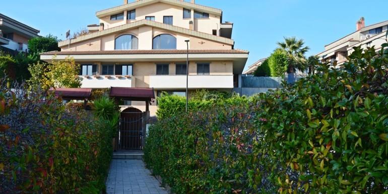 Realizza Casa - Città Sant'Angelo Soluzione Autonoma con giardino02