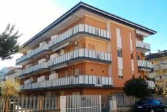 Trilocale Montesilvano Marina con garage e posto auto