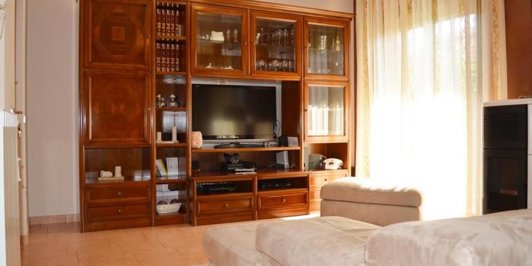 realizza-casa-montesilvano-villa-trifamiliare-di-testa05