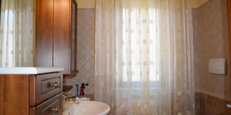 realizza-casa-montesilvano-villa-trifamiliare-di-testa36