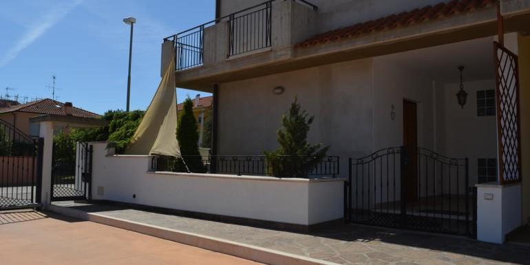 realizza-casa-montesilvano-villa-trifamiliare-di-testa43