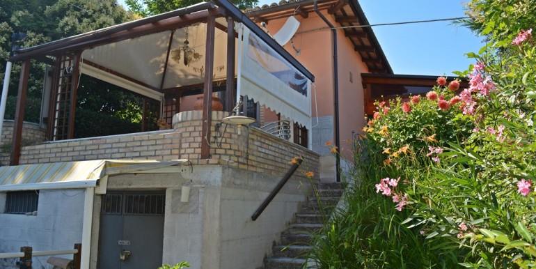 realizza-casa-collecorvino-contrada-barberi-villetta-singola-05