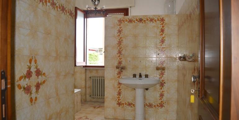 realizza-casa-montesilvano-centro-appartamento-attico-7-locali38