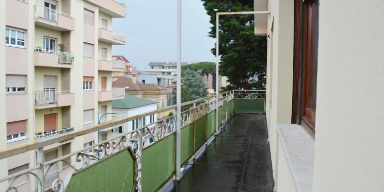 realizza-casa-montesilvano-centro-appartamento-attico-7-locali44
