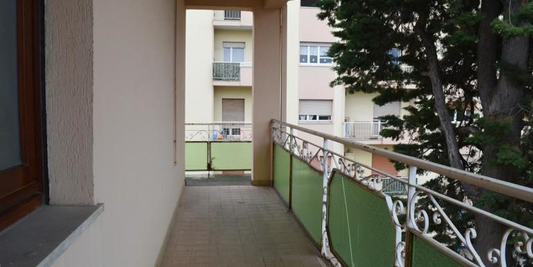 realizza-casa-montesilvano-centro-appartamento-attico-7-locali45