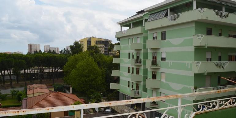 realizza-casa-montesilvano-centro-appartamento-attico-7-locali46