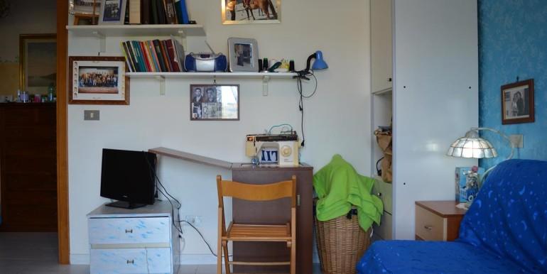 realizza-casa-collecorvino-appartamento-con-giardino-garage-cantina-19