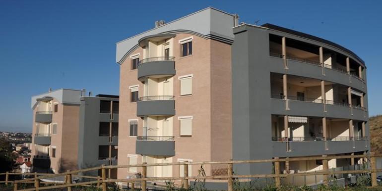 realizza-casa-montesilvano-appartamento-attico-con-terrazzo-02