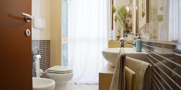 realizza-casa-montesilvano-appartamento-attico-con-terrazzo-18