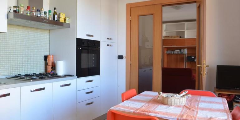 realizza-casa-montesilvano-centro-appartamento-5-locali-garage-e-posto-auto-12