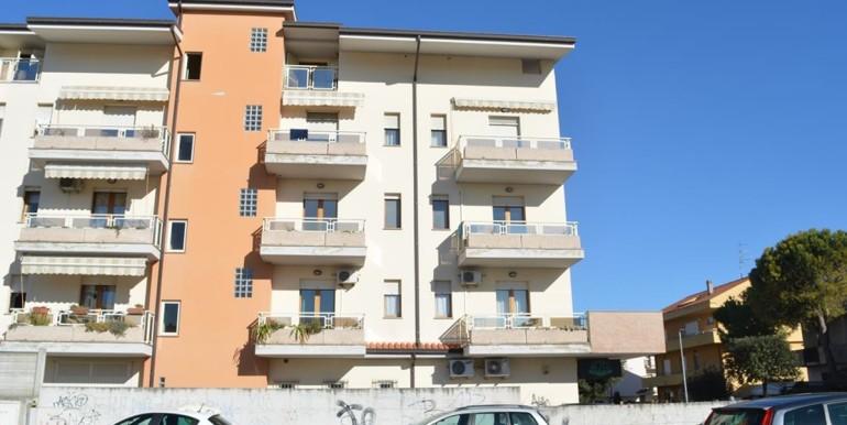 realizza-casa-montesilvano-centro-appartamento-5-locali-garage-e-posto-auto-40