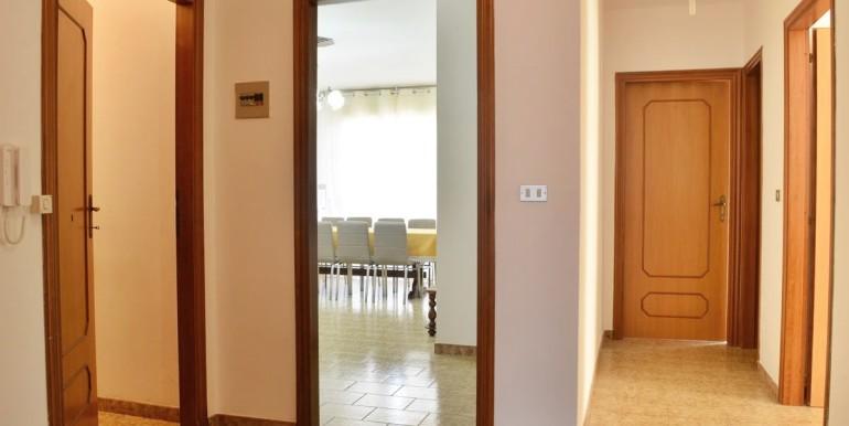realizza-casa-loreto-aprutino-appartamento-5-locali-con-giardino-e-garage-011