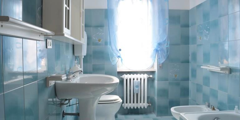 realizza-casa-loreto-aprutino-appartamento-5-locali-con-giardino-e-garage-014