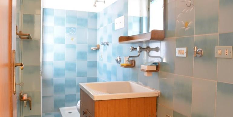 realizza-casa-loreto-aprutino-appartamento-5-locali-con-giardino-e-garage-020