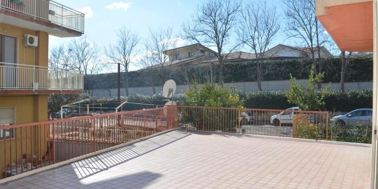 realizza-casa-loreto-aprutino-appartamento-5-locali-con-giardino-e-garage-023