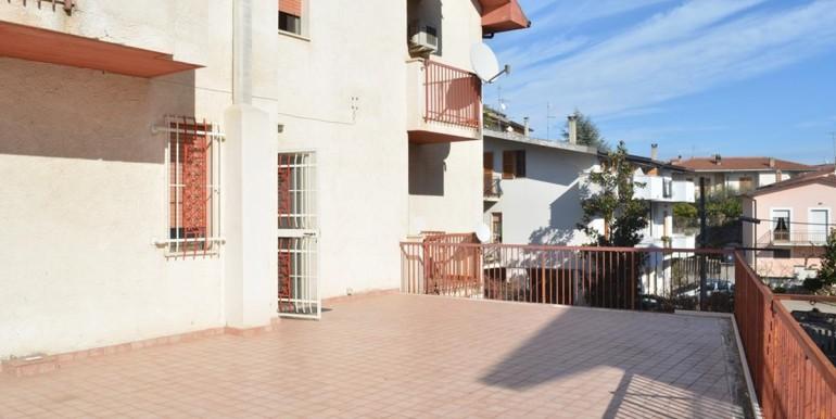 realizza-casa-loreto-aprutino-appartamento-5-locali-con-giardino-e-garage-024