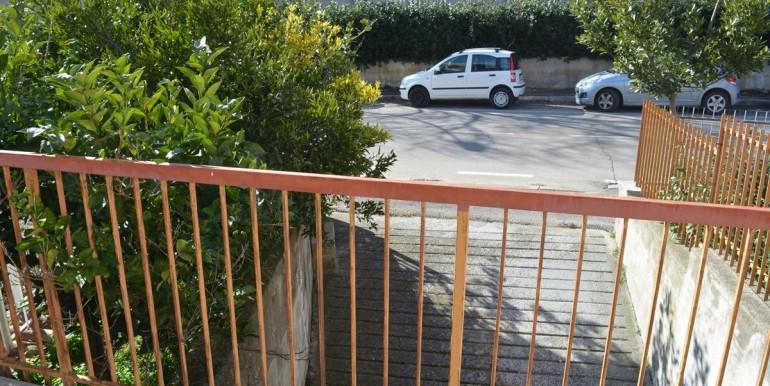 realizza-casa-loreto-aprutino-appartamento-5-locali-con-giardino-e-garage-028