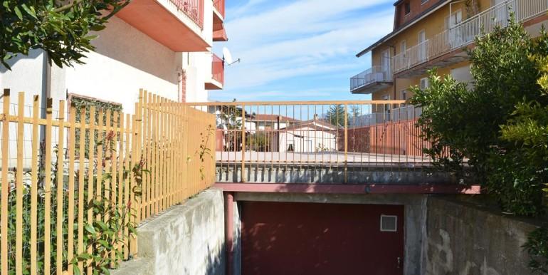 realizza-casa-loreto-aprutino-appartamento-5-locali-con-giardino-e-garage-033