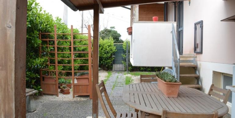 realizza-casa-roseto-appartamento-3-camere-garage-e-giardino-012