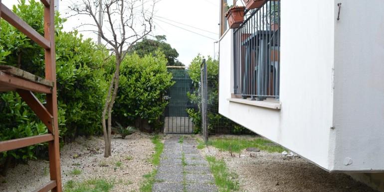 realizza-casa-roseto-appartamento-3-camere-garage-e-giardino-013