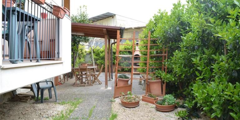 realizza-casa-roseto-appartamento-3-camere-garage-e-giardino-014