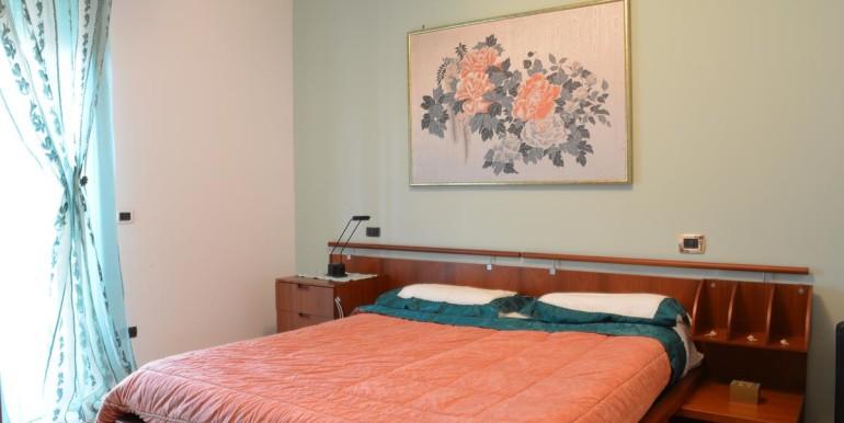 realizza-casa-roseto-appartamento-3-camere-garage-e-giardino-017