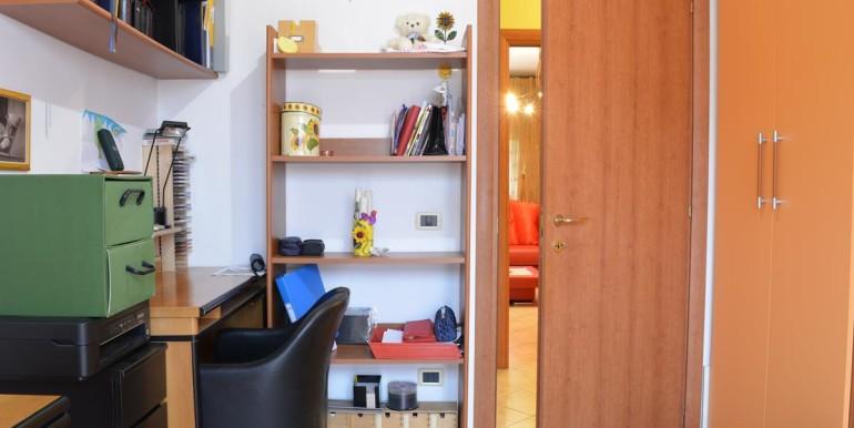 realizza-casa-roseto-appartamento-3-camere-garage-e-giardino-022