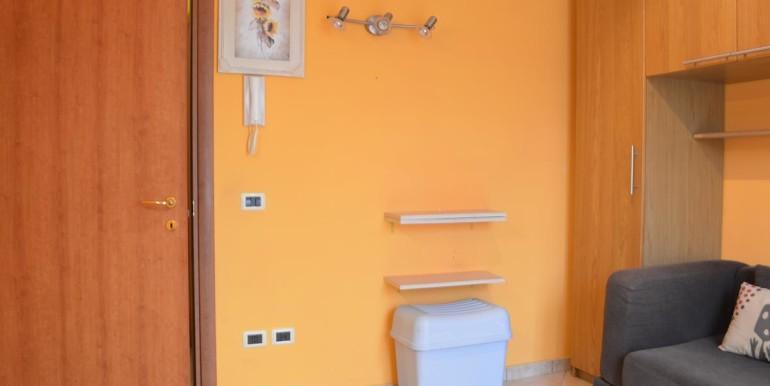 realizza-casa-roseto-appartamento-3-camere-garage-e-giardino-027