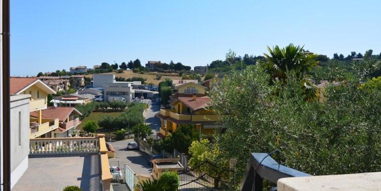 realizza-casa-montesilvano-villa-signorile-003