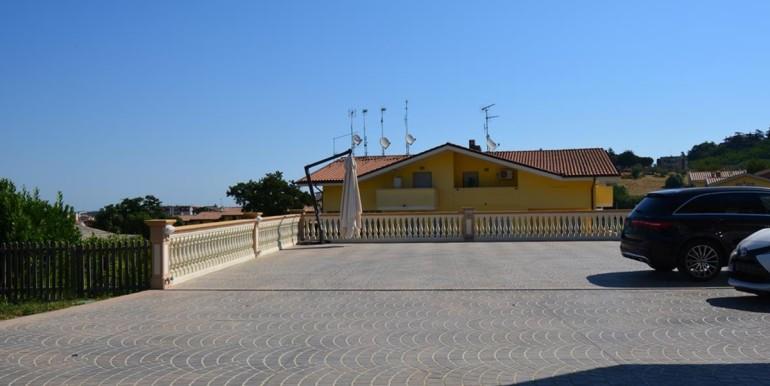 realizza-casa-montesilvano-villa-signorile-006