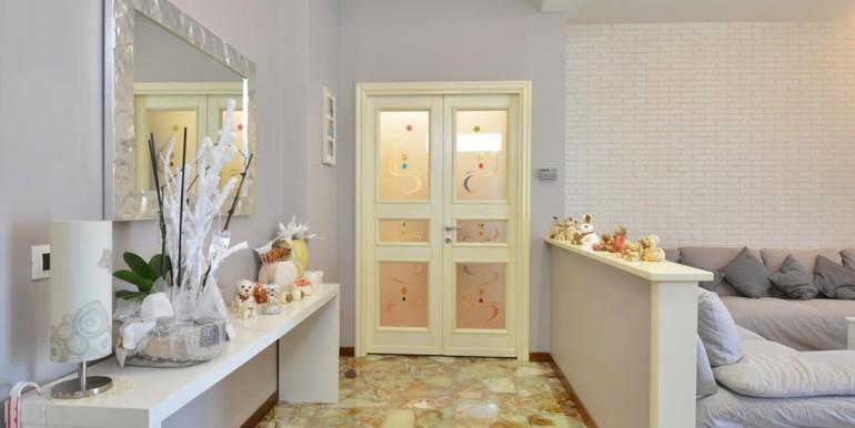 realizza-casa-montesilvano-villa-signorile-022