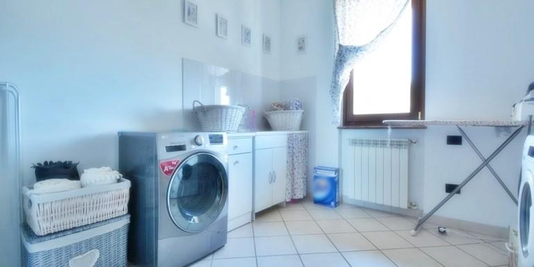 realizza-casa-montesilvano-villa-bifamiliare-con-piscina-022