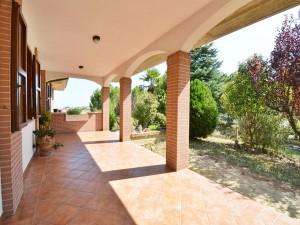 realizza-casa-montesilvano-villa-bifamiliare-con-piscina-027