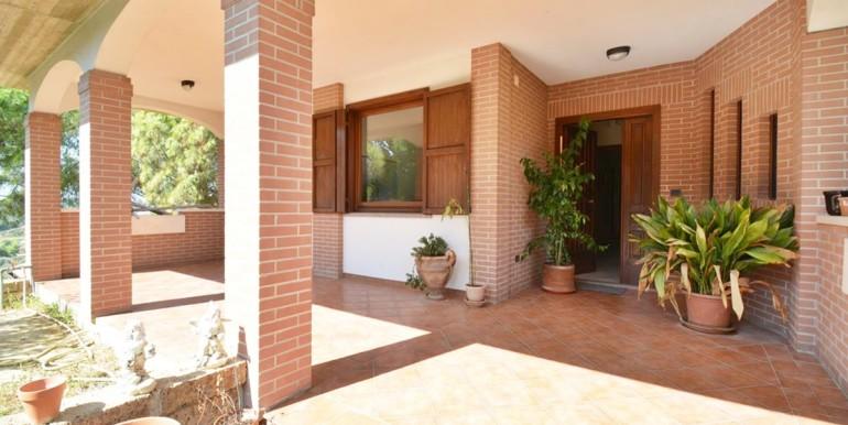 realizza-casa-montesilvano-villa-bifamiliare-con-piscina-028