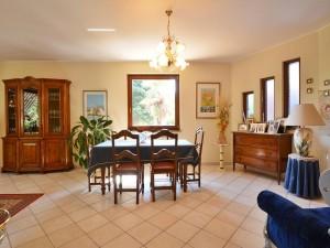 realizza-casa-montesilvano-villa-bifamiliare-con-piscina-033