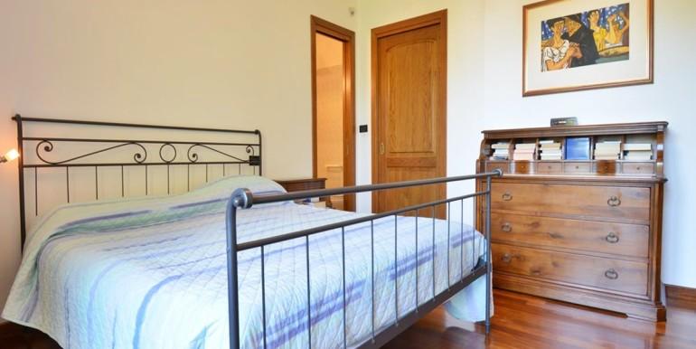 realizza-casa-montesilvano-villa-bifamiliare-con-piscina-038