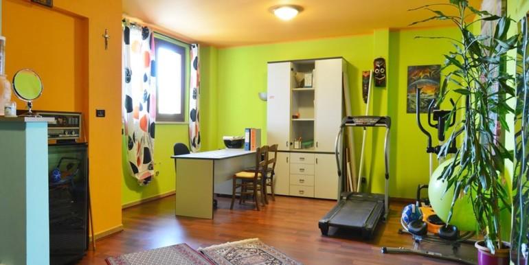 realizza-casa-montesilvano-villa-bifamiliare-con-piscina-052