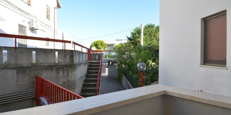 realizza-casa-pescara-colli-trilocale-con-giardino-016