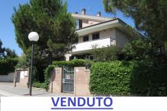 Villa con giardino Città Sant'Angelo Fonte Umano