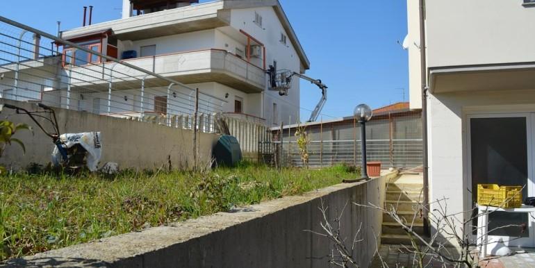 realizza-casa-montesilvano-quadrifamiliare-con-giardino33