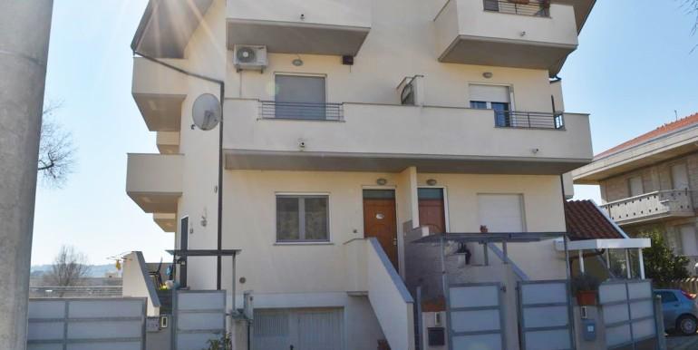 realizza-casa-montesilvano-quadrifamiliare-con-giardino39