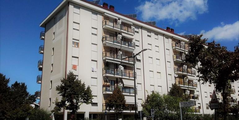 realizza-casa-appartamento-5-locali-viale-aldo-moro-pescara43