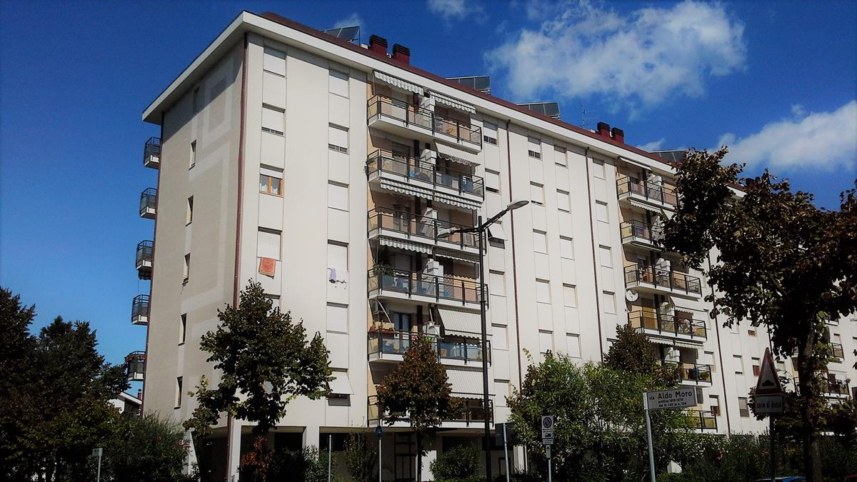 Appartamento 5 locali Viale Aldo Moro Pescara