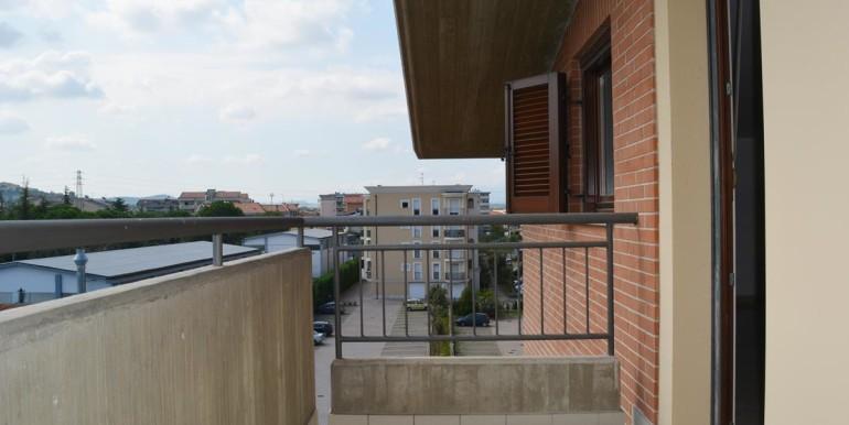 realizza-casa-montesilvano-bilocale-mansardato17