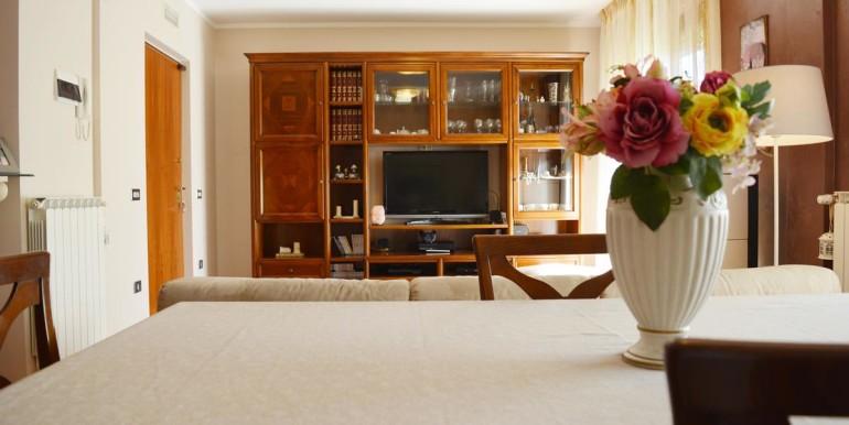 realizza-casa-montesilvano-villa-trifamiliare-di-testa03